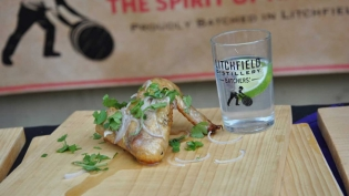 Gin-infused lemon and cilantro chicken